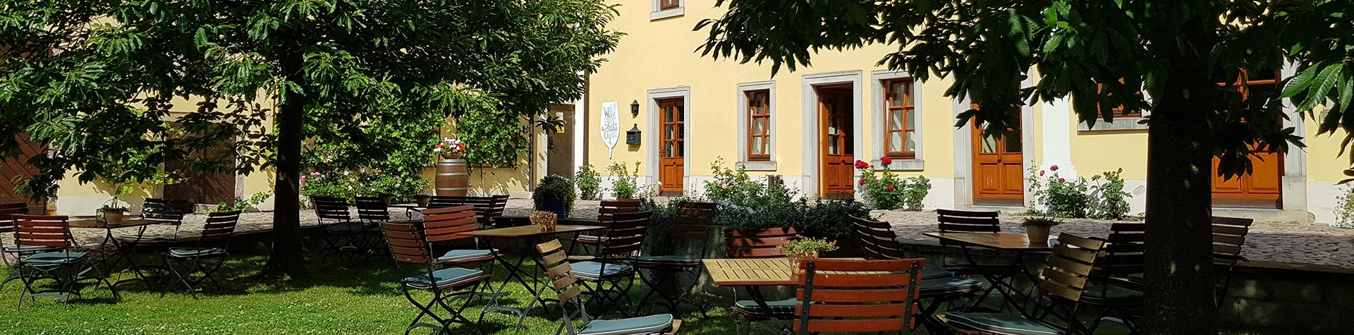 Weingutshof Zadel